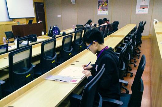 黑龙江省佳木斯市2018年经济师合格证领取通知