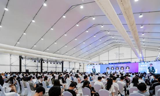 """高顿教育荣登""""智能职业教育品牌TOP10榜单"""",引领5G时代智慧教育"""